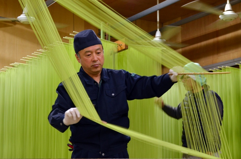 Olive raw somen manufacturing process