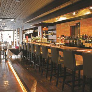 Inside view of Grill & Wine Legaro