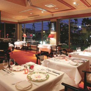 Inside view of restaurant Kadomatsu