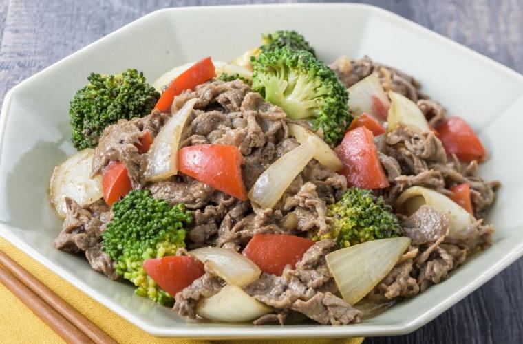 オリーブ牛とブロッコリーの中華炒め